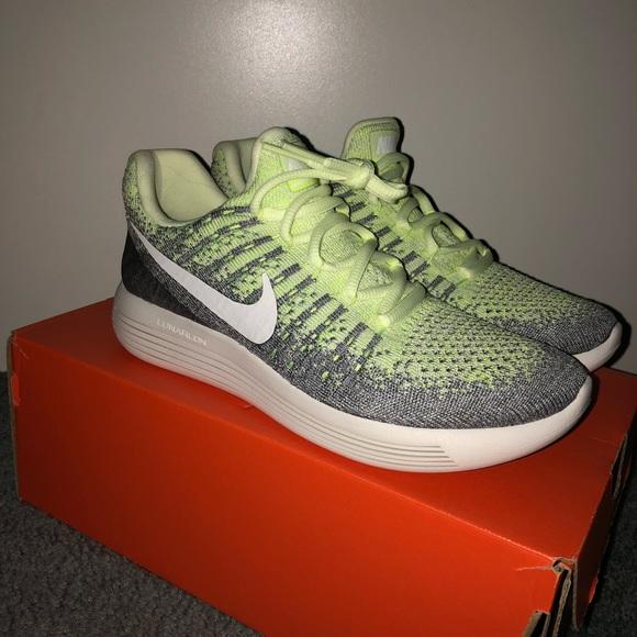 b54b72905bb38 (6.5) NEW women s Nike lunar epic low Flyknit 2